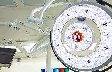 LED lights in O.R. at UCSF Medical Center